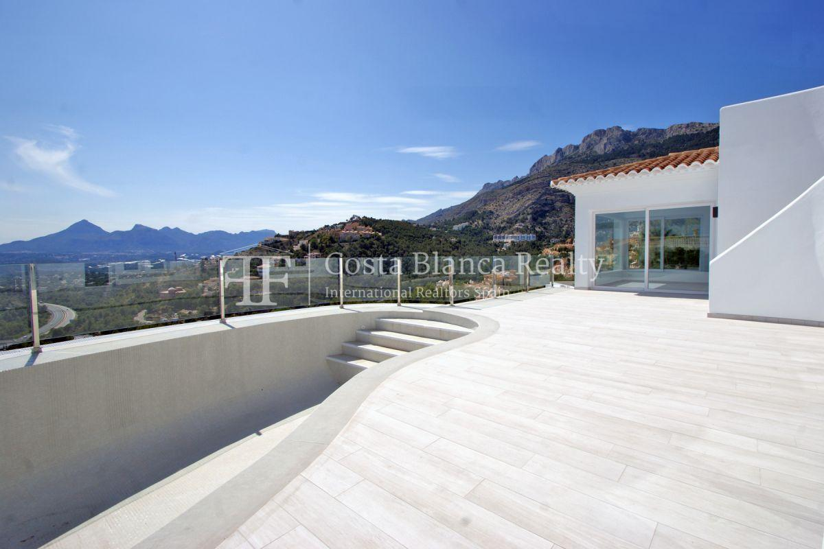 Modern villa with great views for sale in Altea Hills - 2 - CHFi820