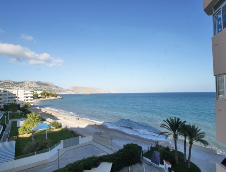 CHFi833: Apartment for sale in first sea line in Altea - Main