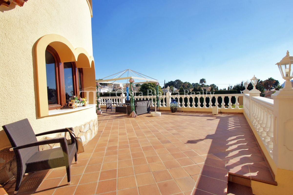Very Large villa in calpe for sale with partly sea views - 41 - CHFi789