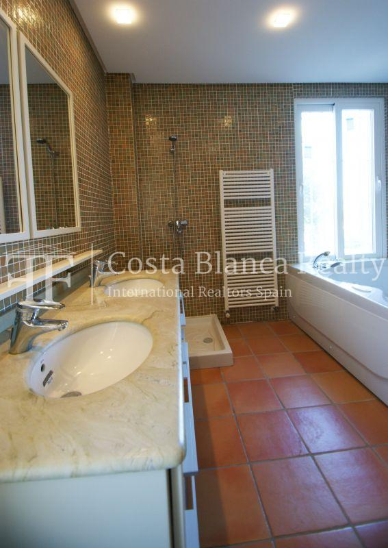Very nice one level property with unobstructable sea view in Calpe - 33 - CHFi543