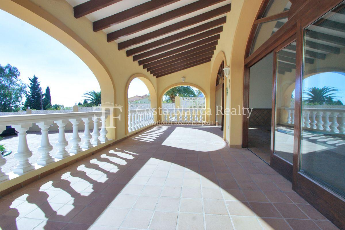 Very Large villa in calpe for sale with partly sea views - 50 - CHFi789