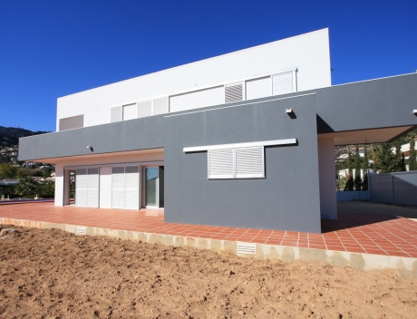 CHFi425: Modern new build villa near the sea & city centre - Main