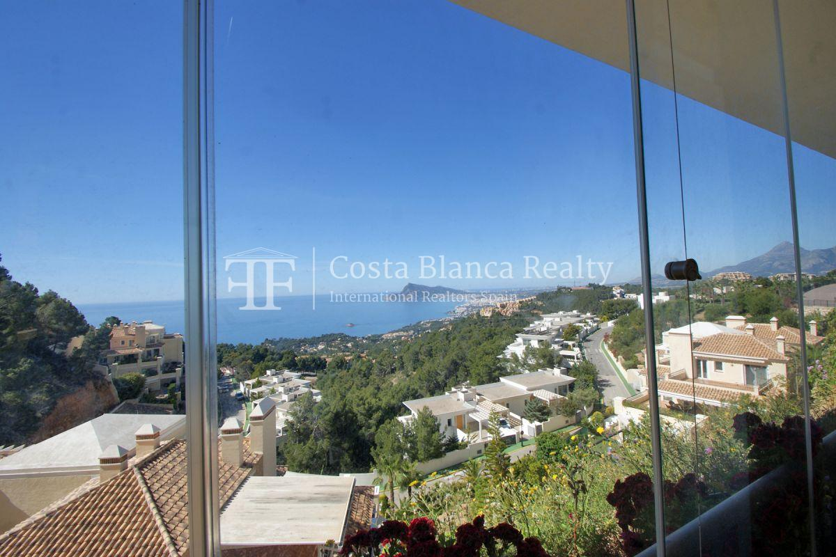 Luxury Apartment with incredible Sea views - 7 - CHFi813