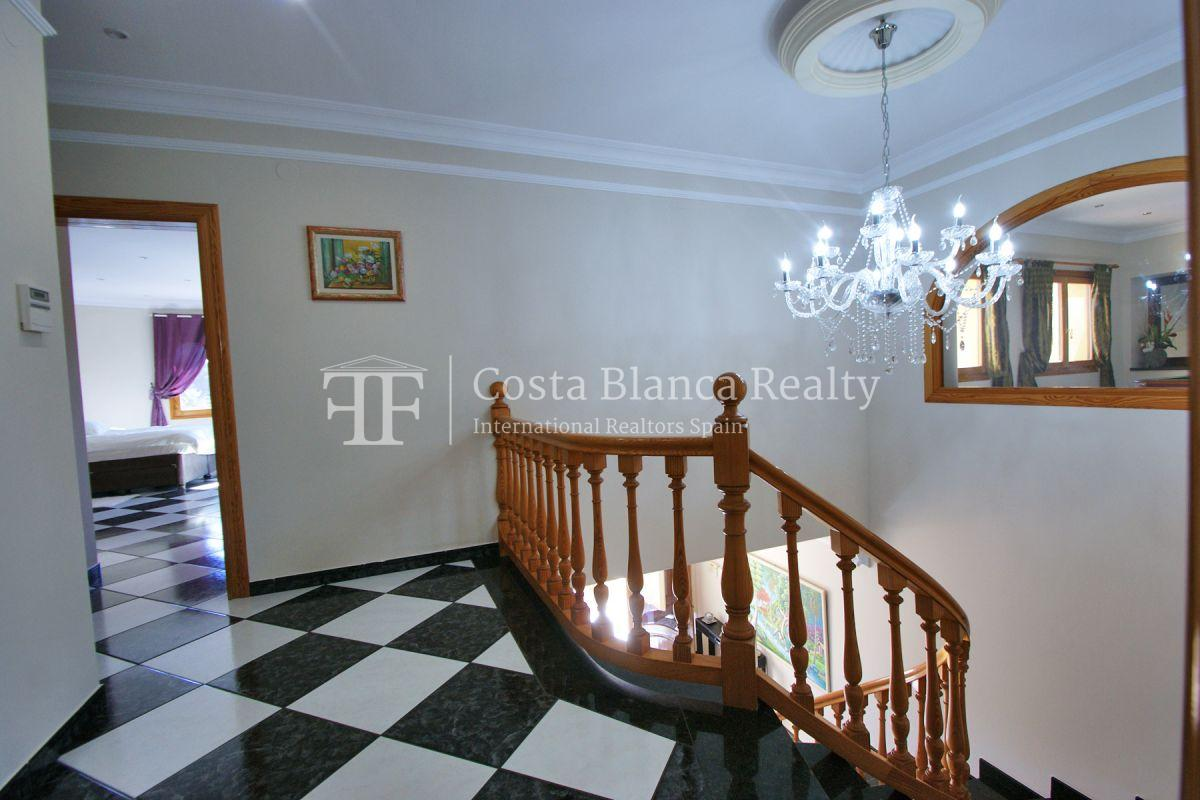 Very Large villa in calpe for sale with partly sea views - 19 - CHFi789