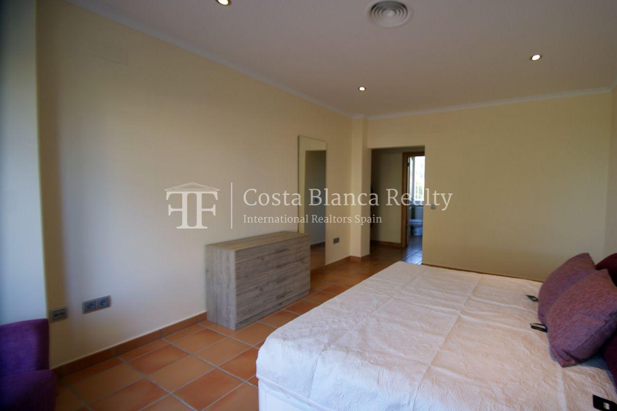 Very nice one level property with unobstructable sea view in Calpe - 17 - CHFi543