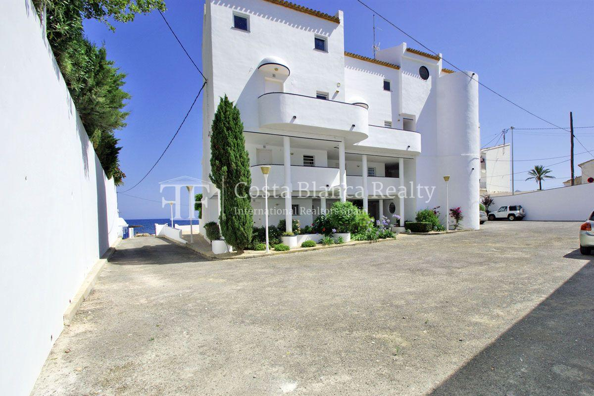 Garden Apartment front line to the sea, Cap Negret - 24 - CHFi821