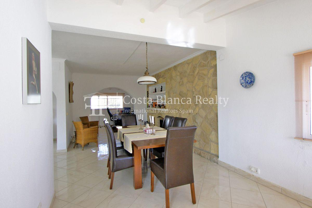 Nice one level House / Villa for sale in Alfaz del Pi at the Costa Blanca, Alicante, Spain with partly sea view and big terraces - 8 - CHFi707