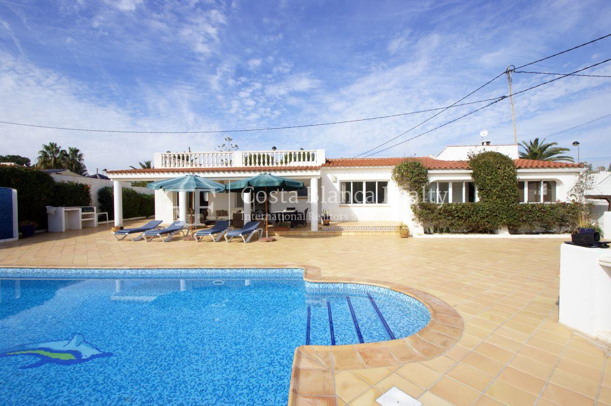 Nice one level House / Villa for sale in Alfaz del Pi at the Costa Blanca, Alicante, Spain with partly sea view and big terraces - 35 - CHFi707