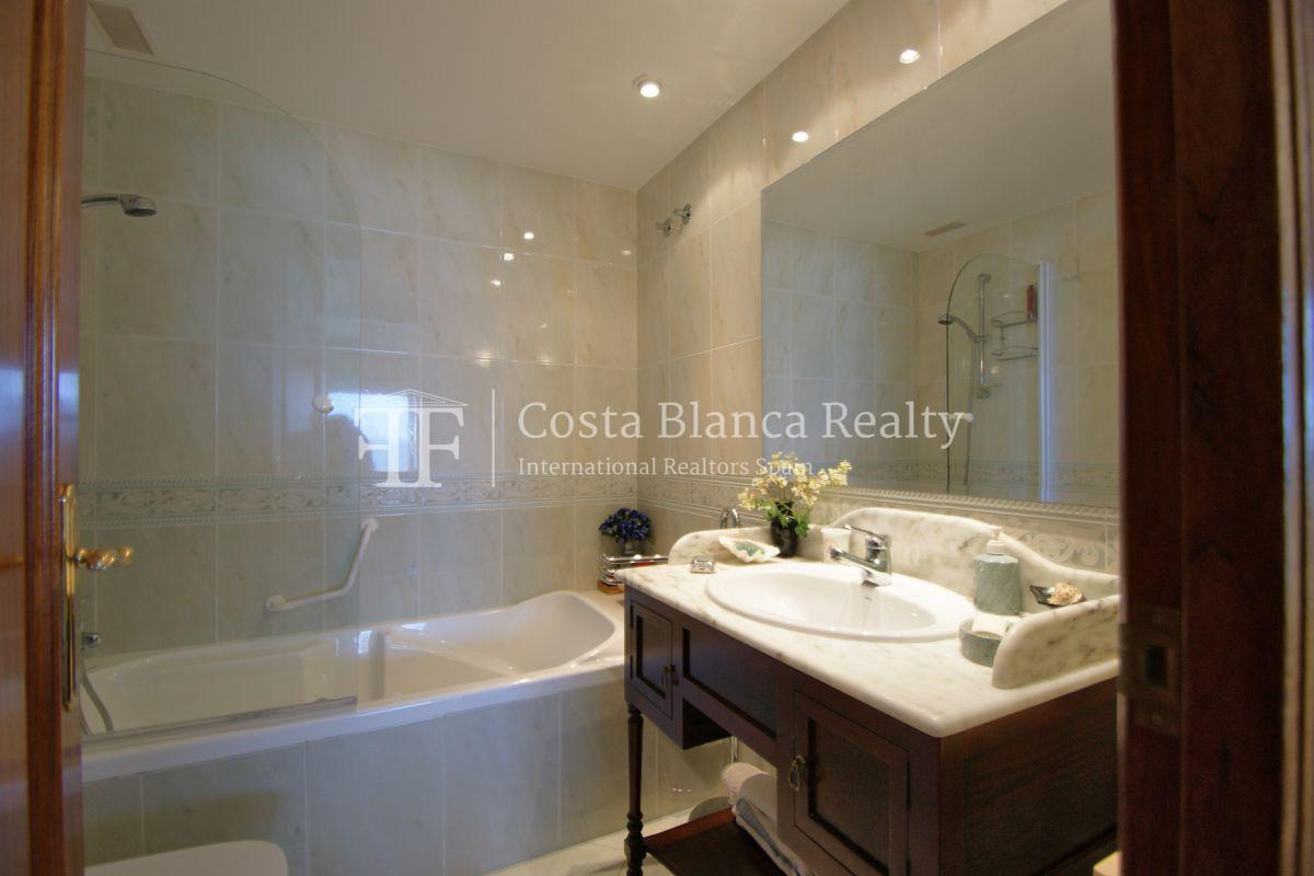 First sea line apartment with stunning sea views, Altea center - 19 - ASOL105
