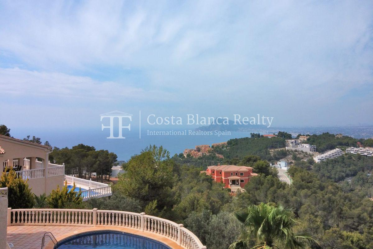 Modern luxury villa with sea views for sale - 4 - CHFi836
