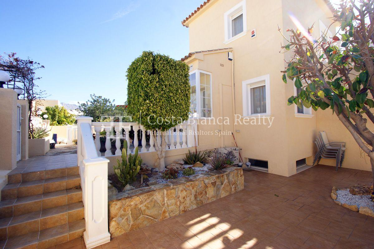 Large house in very good condition with partial sea view for sale in Bello Horizonte, La Nucia - 33 - FPAS104