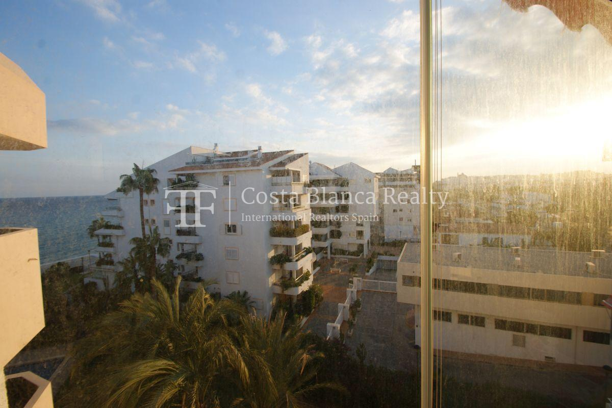 Apartment for sale in Cap Negret first line of the sea - 15 - CHFi897