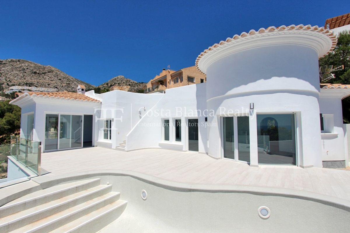 Modern villa with great views for sale in Altea Hills - 1 - CHFi820