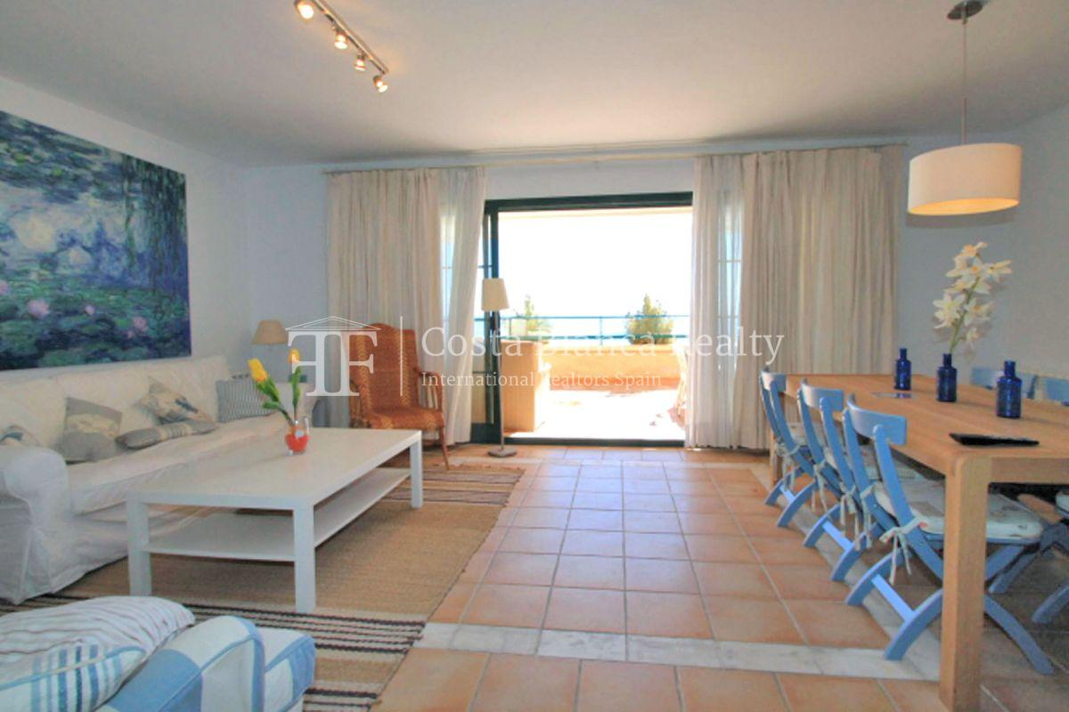 Wonderful Duplex Apartment in first line to the Sea and the Harbor - 2 - CHFi499