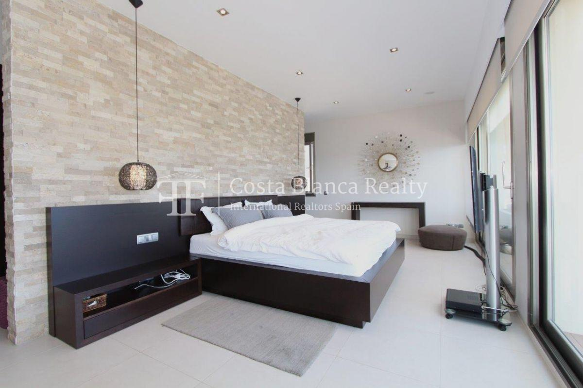 Luxury newly built villa at first line for sale, Calpe, El Tossal, Spain - 9 - CHFi512