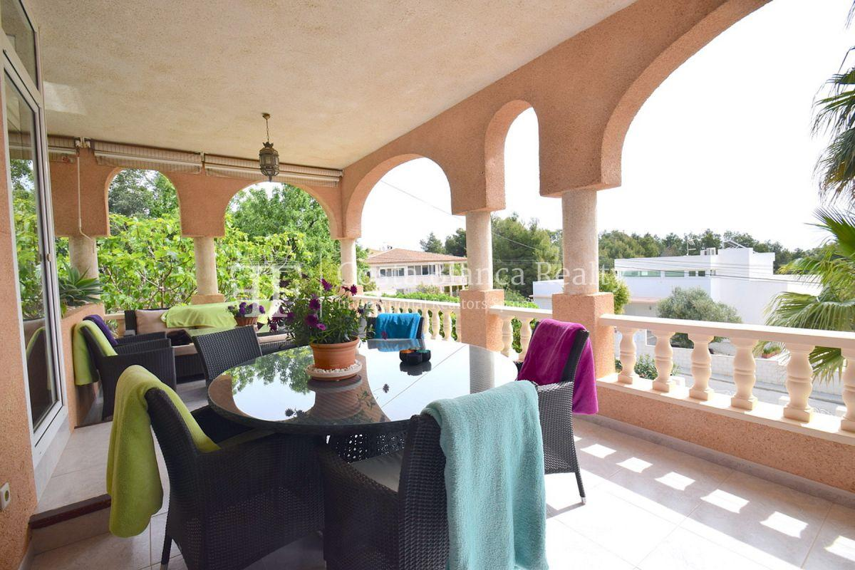 Beautifully renovated villa with sea views in Altea, Montahud - 4 - CHFi743