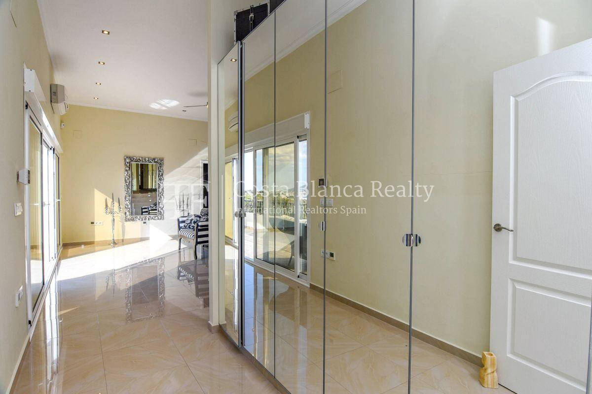 Fantastic villa with panoramic sea views in Altea - 24 - CHFi798