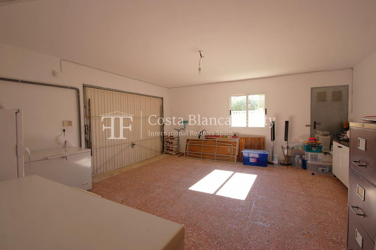 Large house in very good condition with partial sea view for sale in Bello Horizonte, La Nucia - 24 - FPAS104
