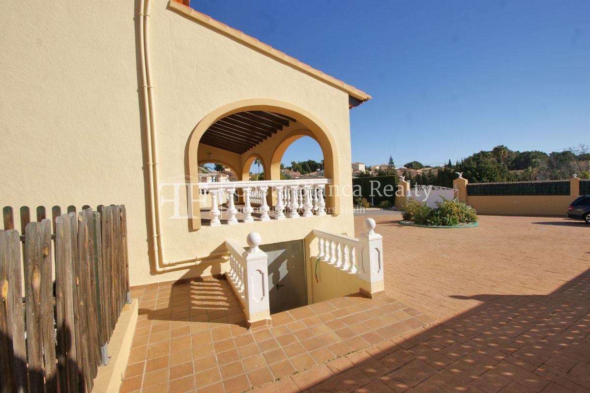 Very Large villa in calpe for sale with partly sea views - 51 - CHFi789