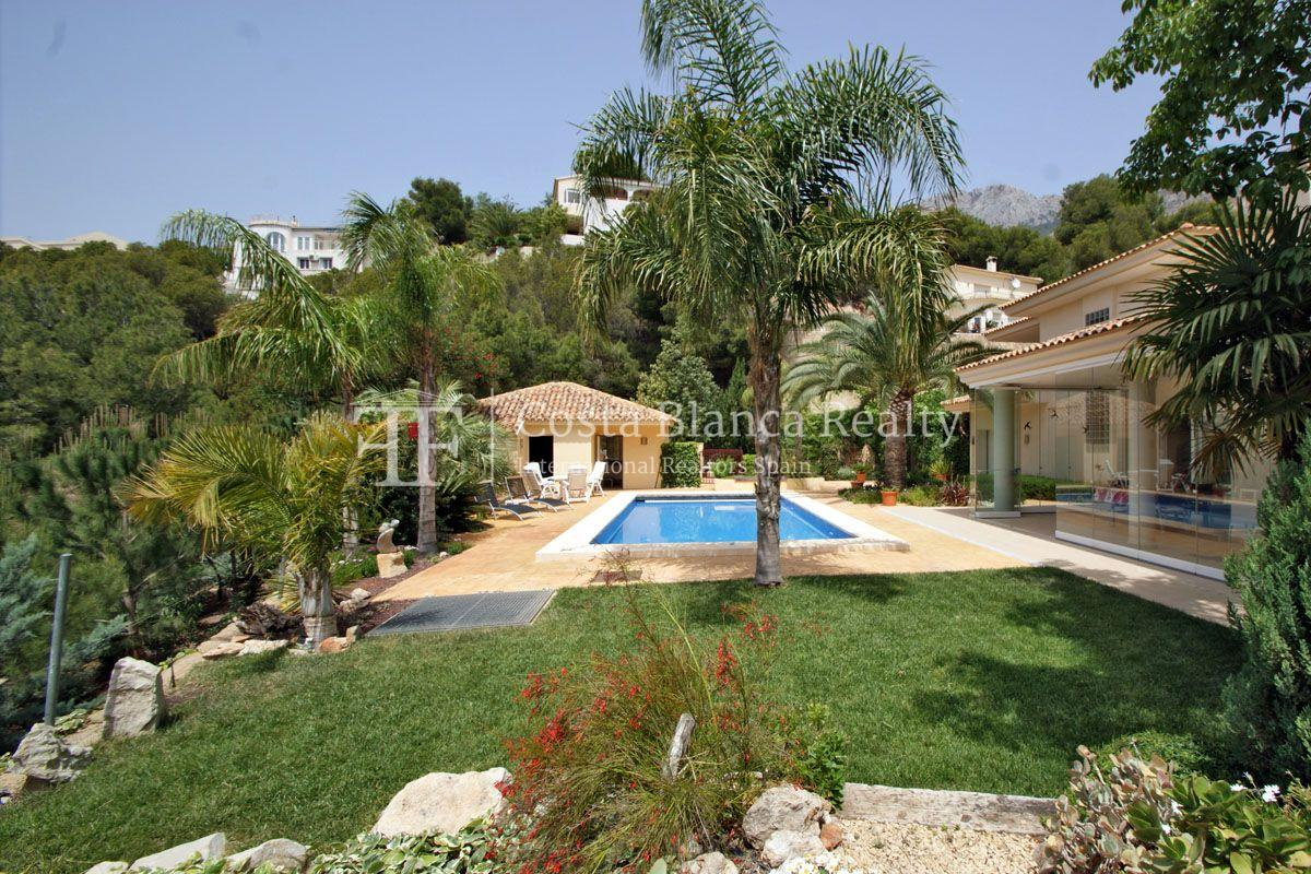 Superb Villa with Great Views in the Sierra de Altea, plus extra Plot of 800m2 - 24 - CHFi450