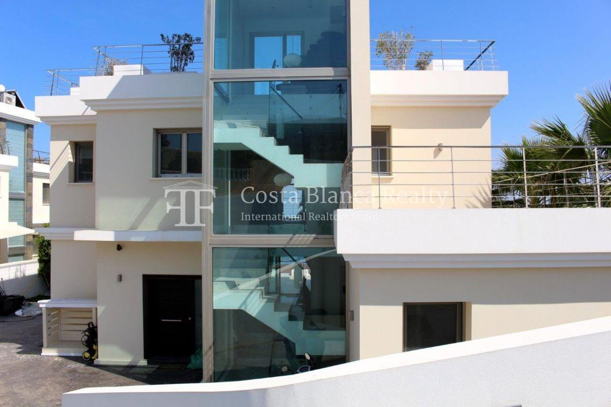 Luxury newly built villa at first line for sale, Calpe, El Tossal, Spain - 21 - CHFi512