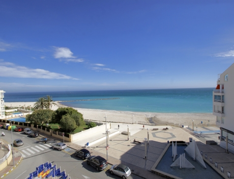 ASOL104: Three bedroom beachfront apartment in Altea center with beautiful sea views - Main