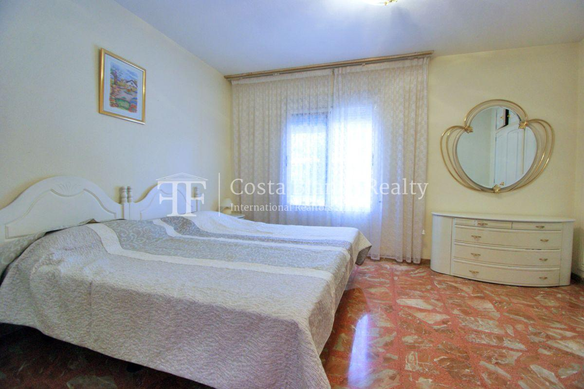 Large house with two apartments on a very big plot - 29 - CHFi794