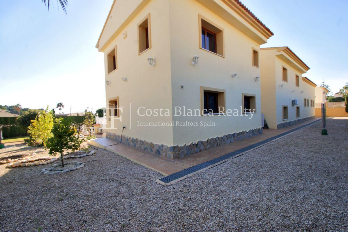 Very Large villa in calpe for sale with partly sea views - 54 - CHFi789