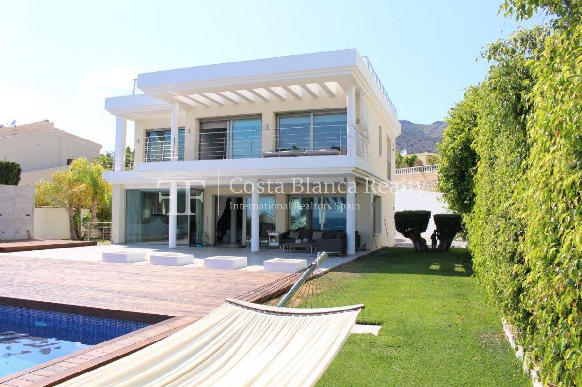 Luxury newly built villa at first line for sale, Calpe, El Tossal, Spain - 3 - CHFi512