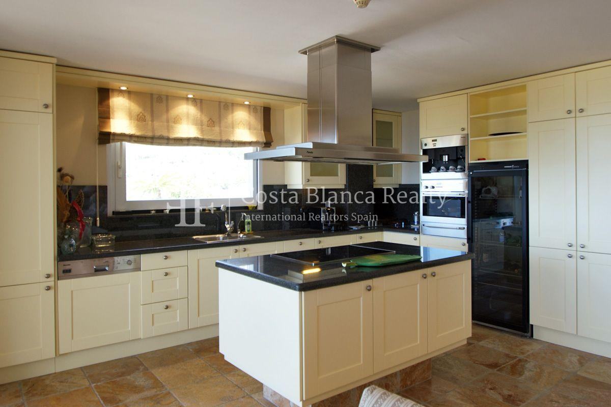Duplex Penthouse Apartment for sale with great sea views in Altea, Villa Marina Golf - 11 - CHFi653