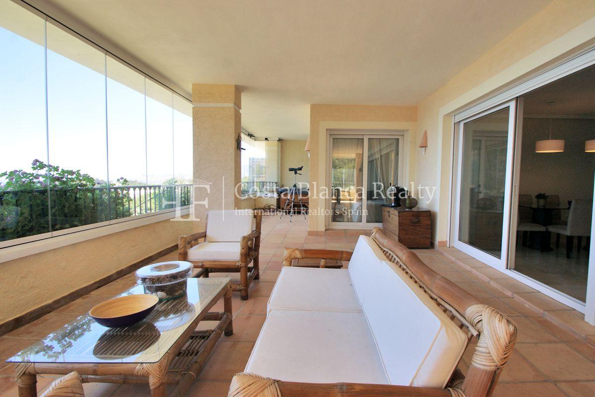Luxury Apartment with incredible Sea views - 8 - CHFi813