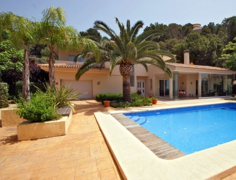 CHFi450: Superb Villa with Great Views in the Sierra de Altea, plus extra Plot of 800m2 - Main