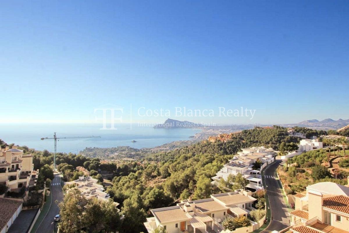 Luxury Apartment with incredible Sea views - 4 - CHFi813