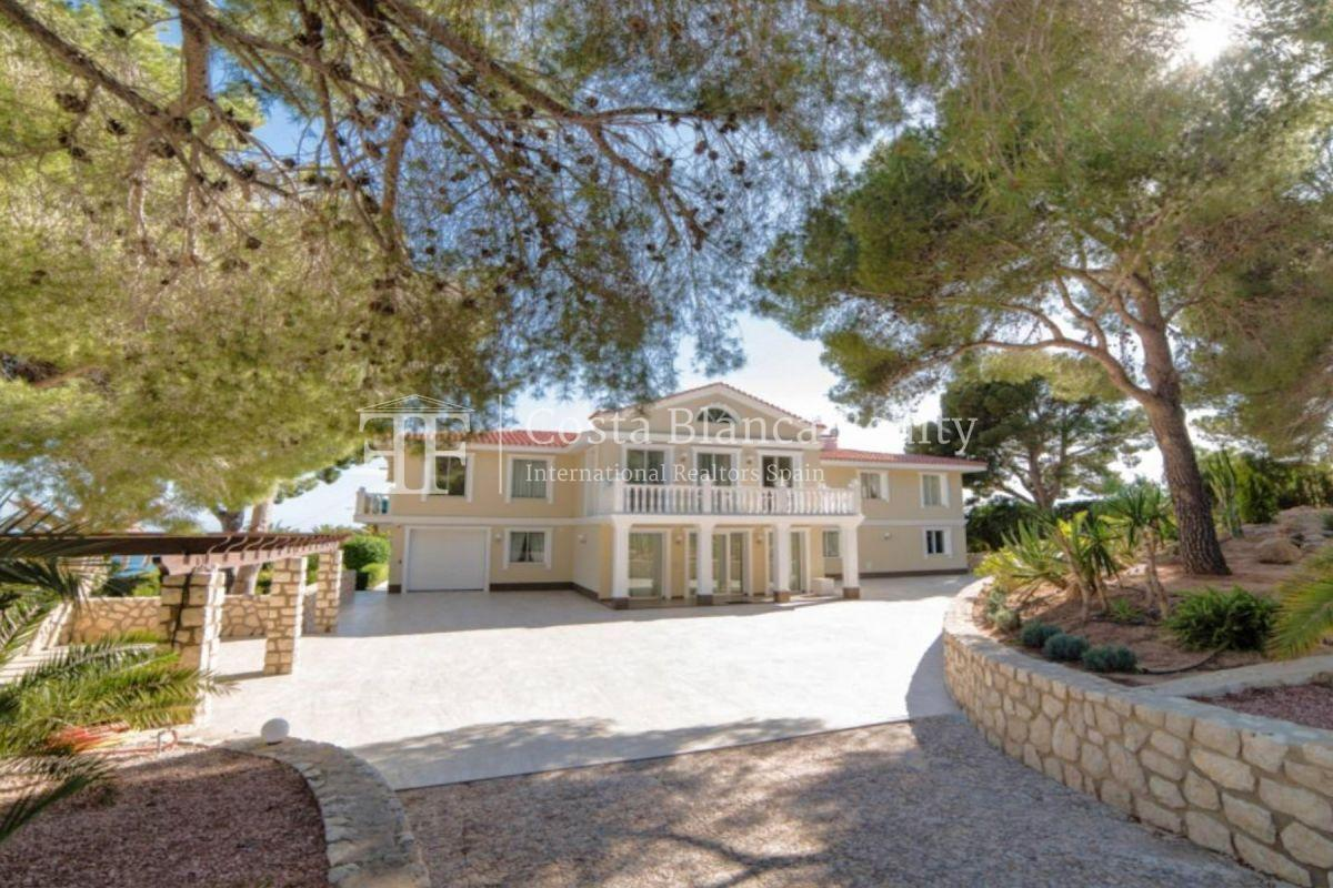 Impressive villa in the Sierra de Altea with 360º panoramic sea views - 39 - CHFi762