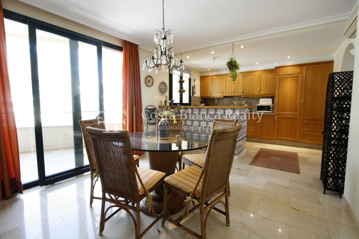 Duplex Penthouse Apartment for sale in Villa Marina Golf Altea - 8 - CHFi796