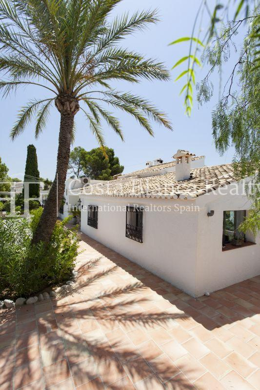 ++SOLD BY COSTABLANCA-REALTY.COM++ Villa for sale in San Chuchim in Ibiza style with panoramic sea views, Altea / Old Town - 56 - CHFi704