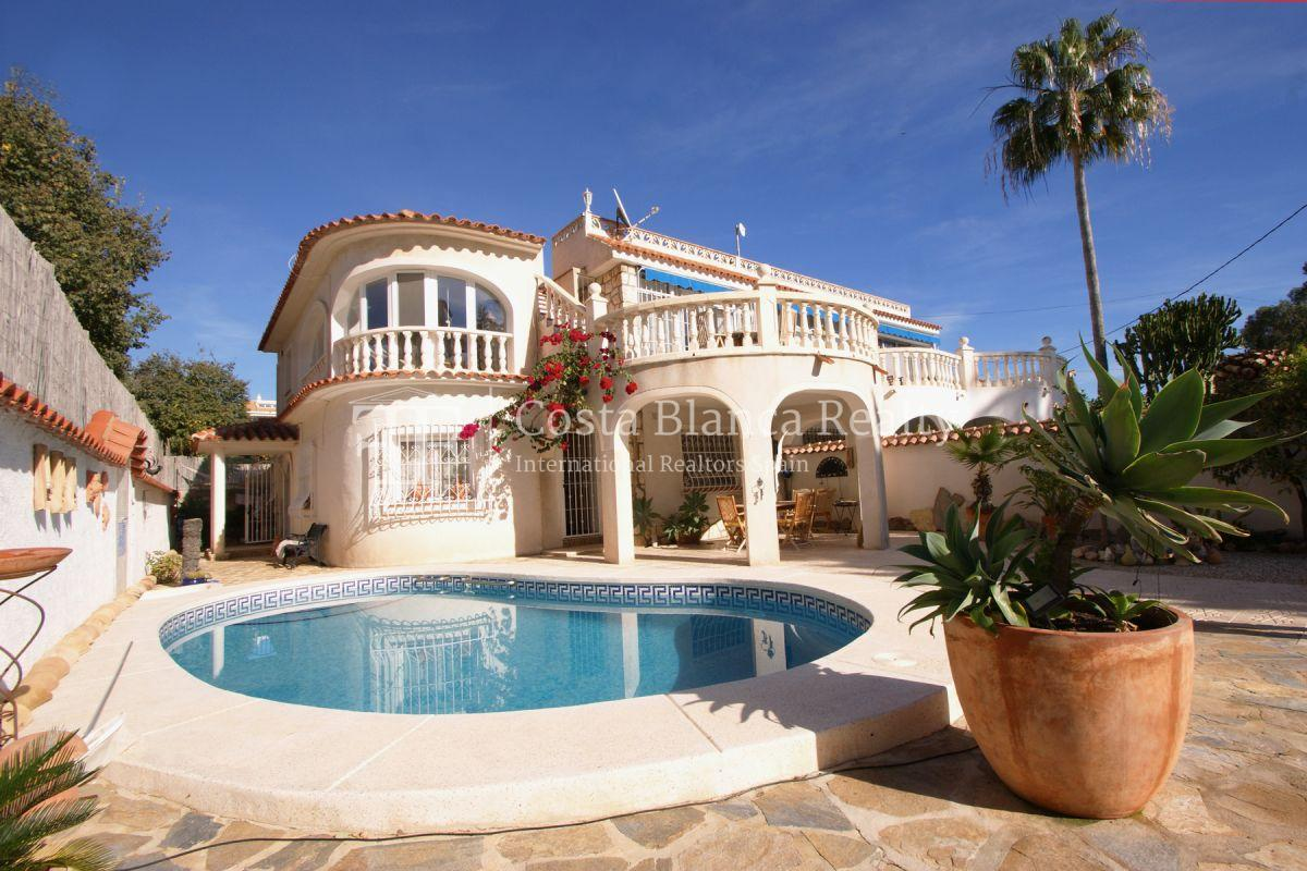 Well maintained end terraced house with private pool in Albir - 1 - JOFi266