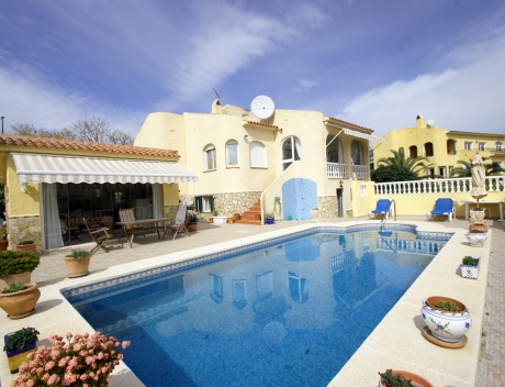 FPAS102: Beautiful house with low maintenance garden for sale, Bello Horizonte, La Nucia - Main