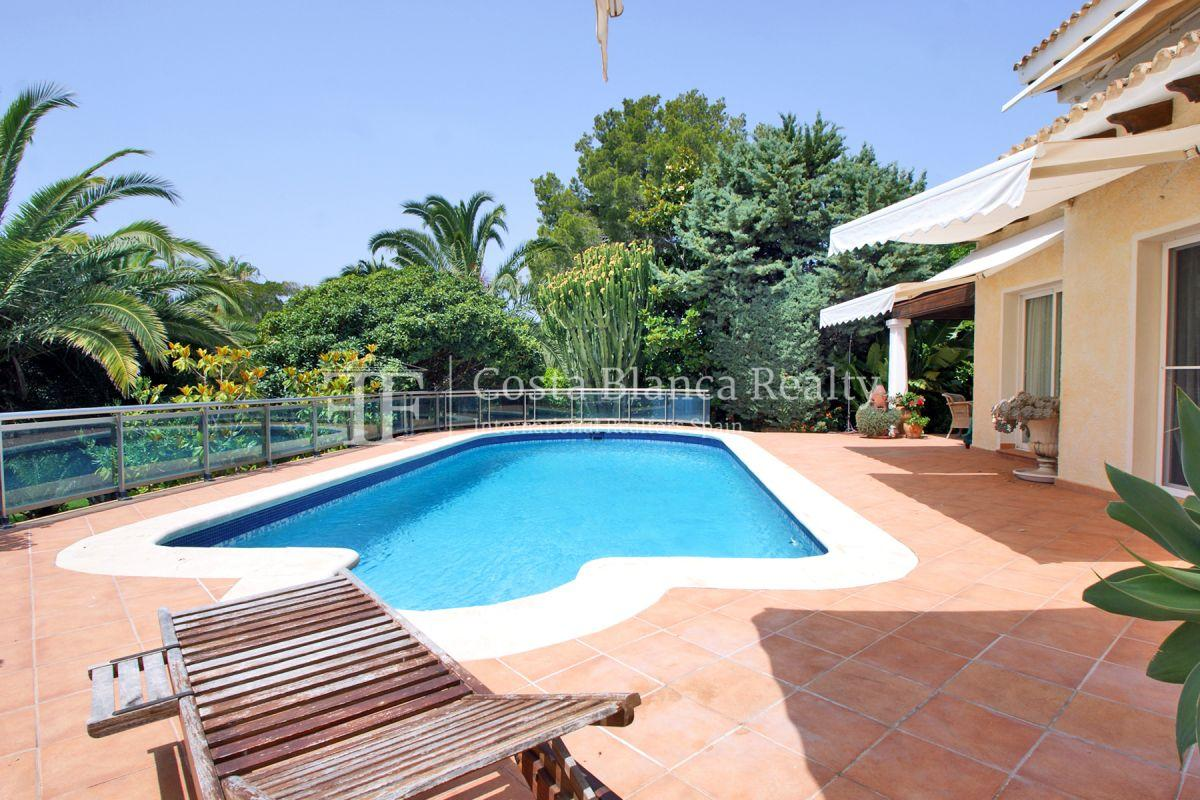 Magnificent luxury villa with extra building plot in the Sierra de Altea for sale - 2 - CHFi826