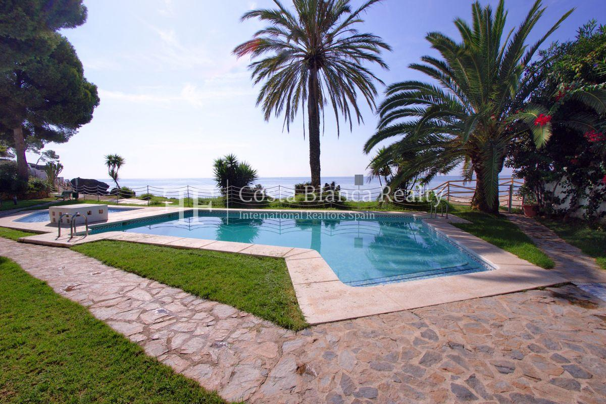 Beautiful duplex penthouse apartment in Cap Negret with unobstructed sea views - 30 - CHFi832