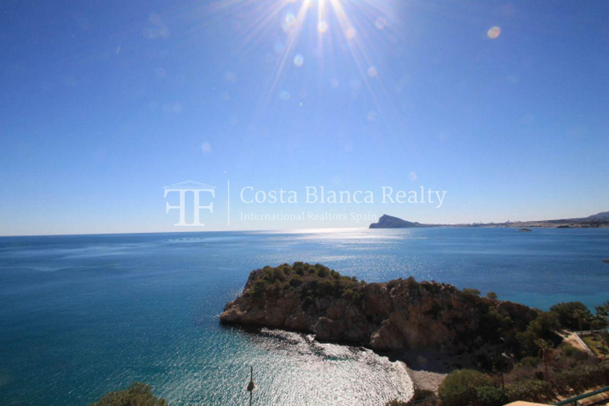 Wonderful Duplex Apartment in first line to the Sea and the Harbor - 13 - CHFi499