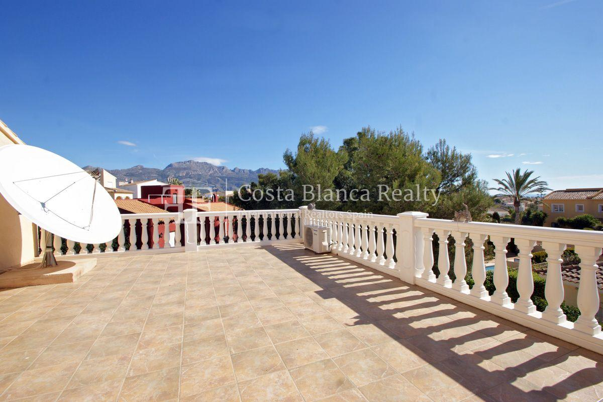 Large house in very good condition with partial sea view for sale in Bello Horizonte, La Nucia - 16 - FPAS104
