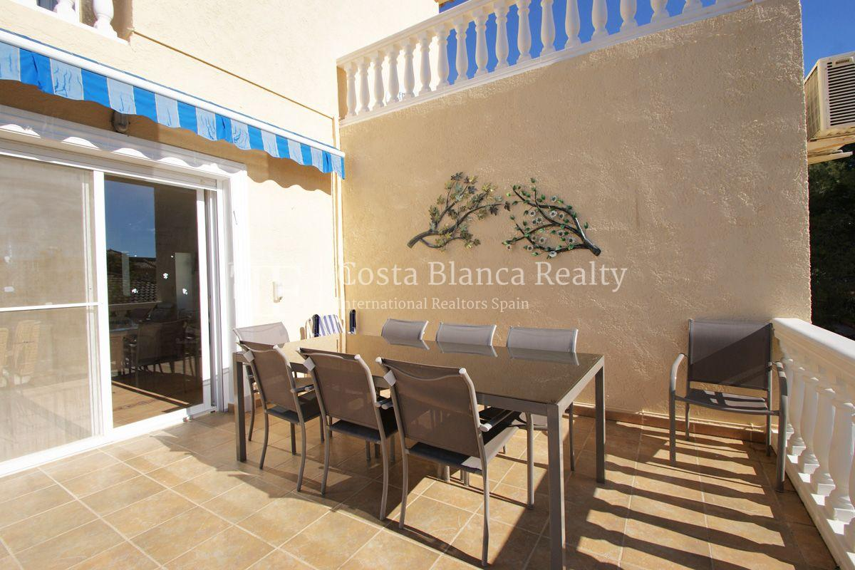 Large house in very good condition with partial sea view for sale in Bello Horizonte, La Nucia - 8 - FPAS104