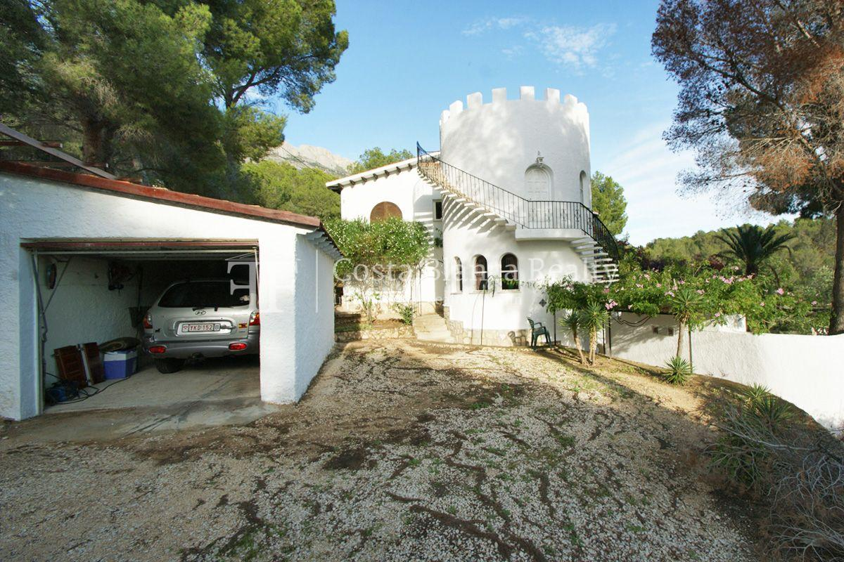 Large house with great sea views and 5000m2 of land, Altea, Alhama Springs - 32 - CHFi509