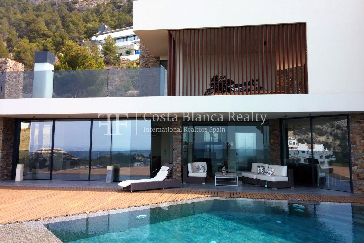 Modern luxury villa with sea views for sale - 5 - CHFi836