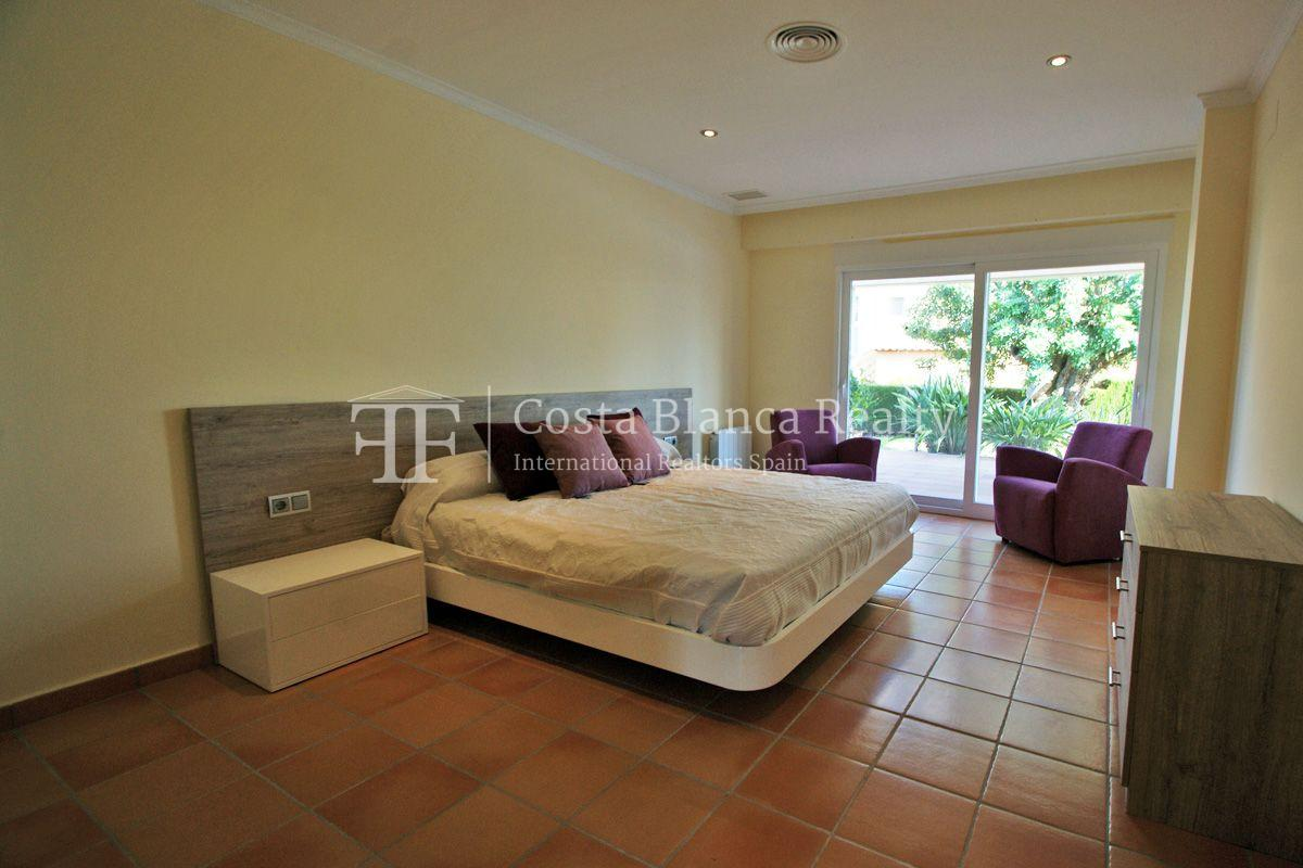 Very nice one level property with unobstructable sea view in Calpe - 18 - CHFi543