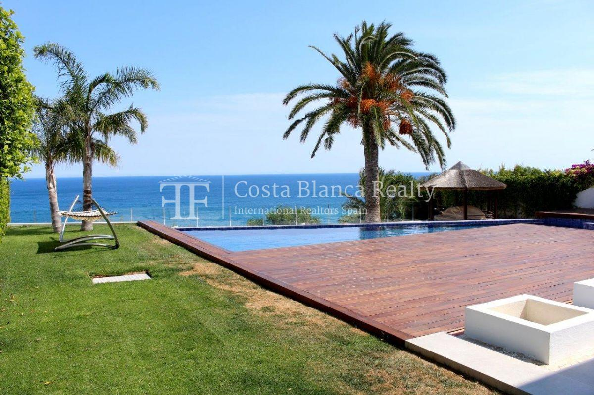 Luxury newly built villa at first line for sale, Calpe, El Tossal, Spain - 20 - CHFi512
