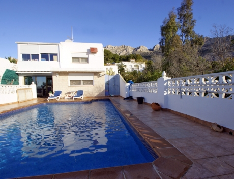 Beautifully situated house for sale in Altea la Vella with sea views, El Paradiso, Alicante, Costa Blanca, Spain