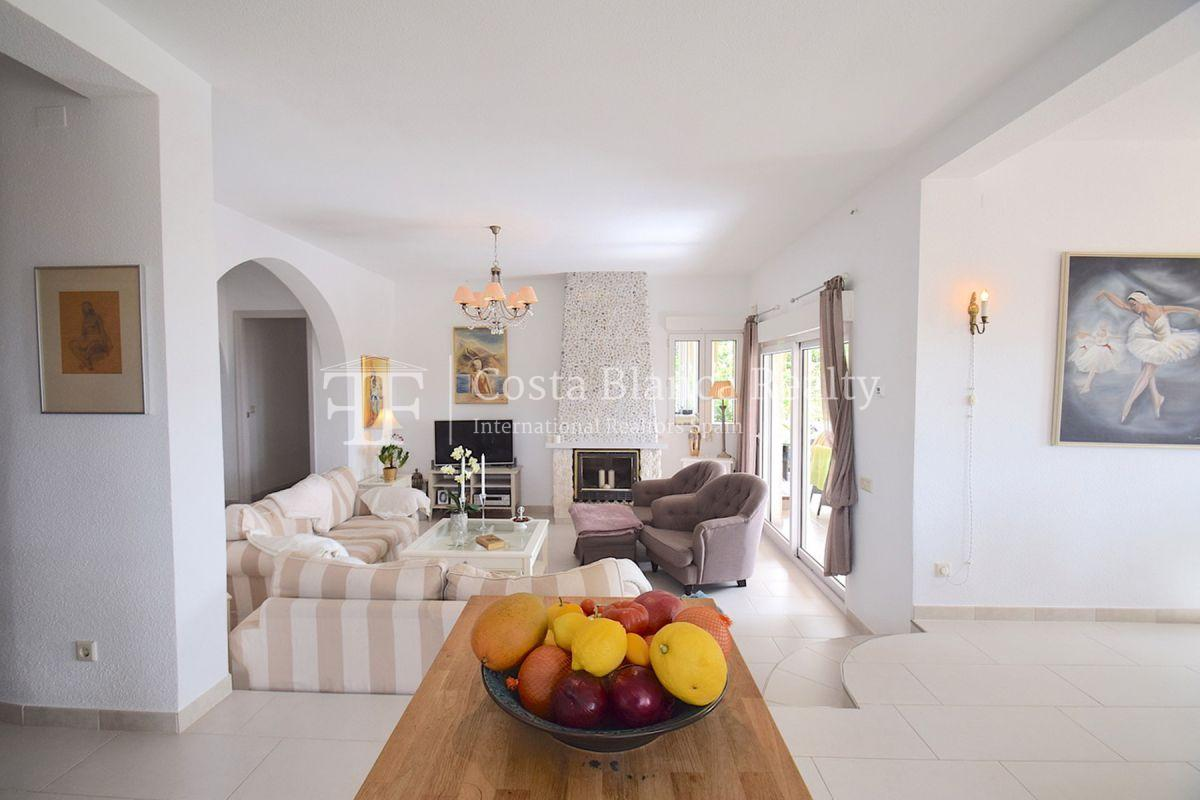 Beautifully renovated villa with sea views in Altea, Montahud - 7 - CHFi743