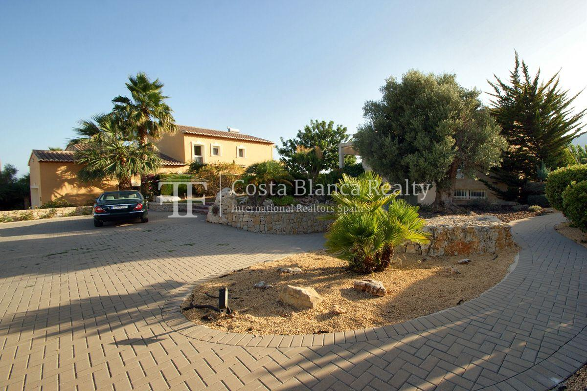 Very nice one level property with unobstructable sea view in Calpe - 52 - CHFi543